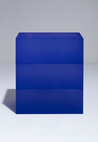 Blocks (Deep Blue and Deep Blue on Deep Blue), 2018 / hand-dyed acrylic / 34 x 27 x 39(h) cm