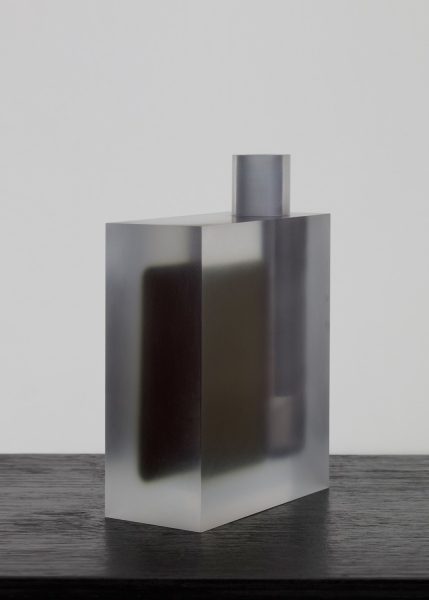 Block (Dark Green and Gray) / vase / acrylic / 13 x 6 x 14.5(h) cm