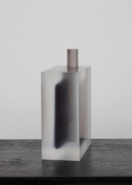 Block (Smoky Black and Black) / vase / acrylic / 13 x 6 x 14.5(h) cm